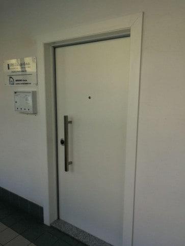 Protuprovalna vrata akcija vrata dizajn primjer 15