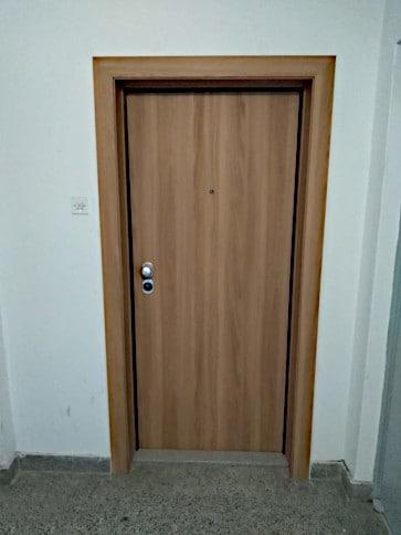 Protuprovalna vrata akcija vrata dizajn primjer 25