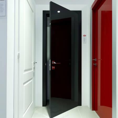 venus crna 2 vrata dizajn rasprodaja
